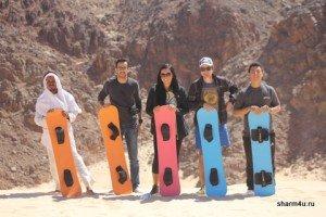 Сэндбординг - катание на доске в пустыне в Шарм эль Шейхе
