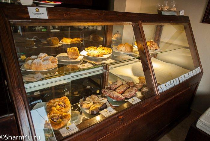 Немецкая кафе-булочная в Шарме: выпечка