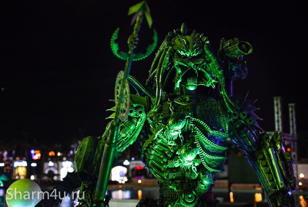 Скульптуры в парке Голливуд в Шарм эль Шейхе